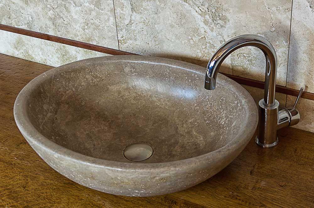 Pietre di rapolano: lavabo mod. pilozzo travertino chiaro ...