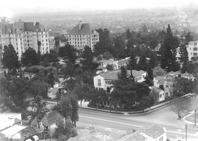 Highland Gardens Hotel Franklin Avenue Los Angeles Ca
