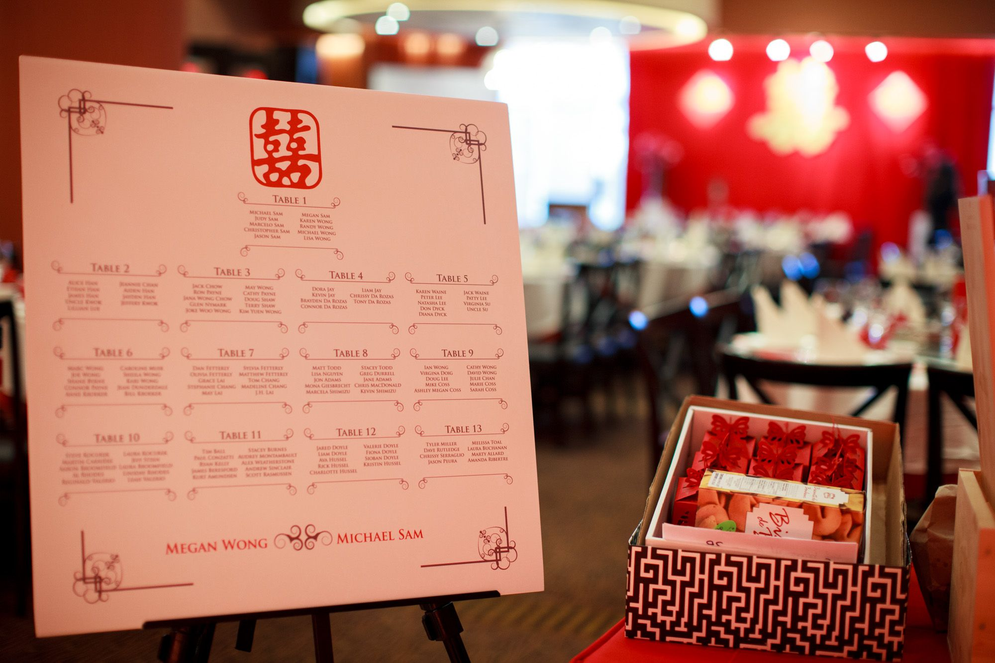 red chinese wedding seating chart unico print media wedding rh pinterest com