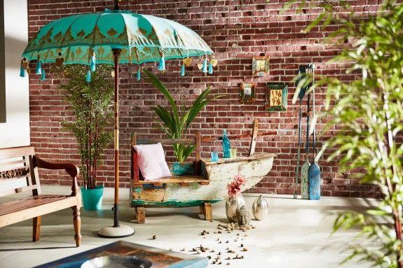 der bunte sonnenschirm sch tzt nicht nur vor der sonne sondern kann im haus auch wohnaccessoire. Black Bedroom Furniture Sets. Home Design Ideas