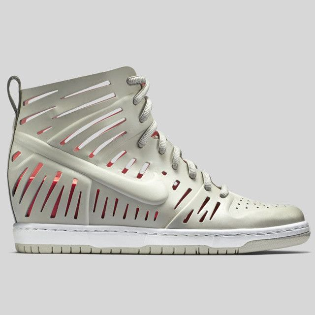 NIKE WMNS DUNK SKY HI 2 JOLI QS LIGHT BONE 802813 001