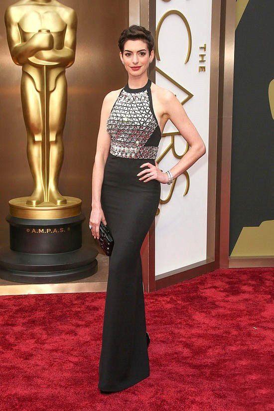 Anne Hathaway Schwarze Perlen Abendkleid Academy Awards Roter ...