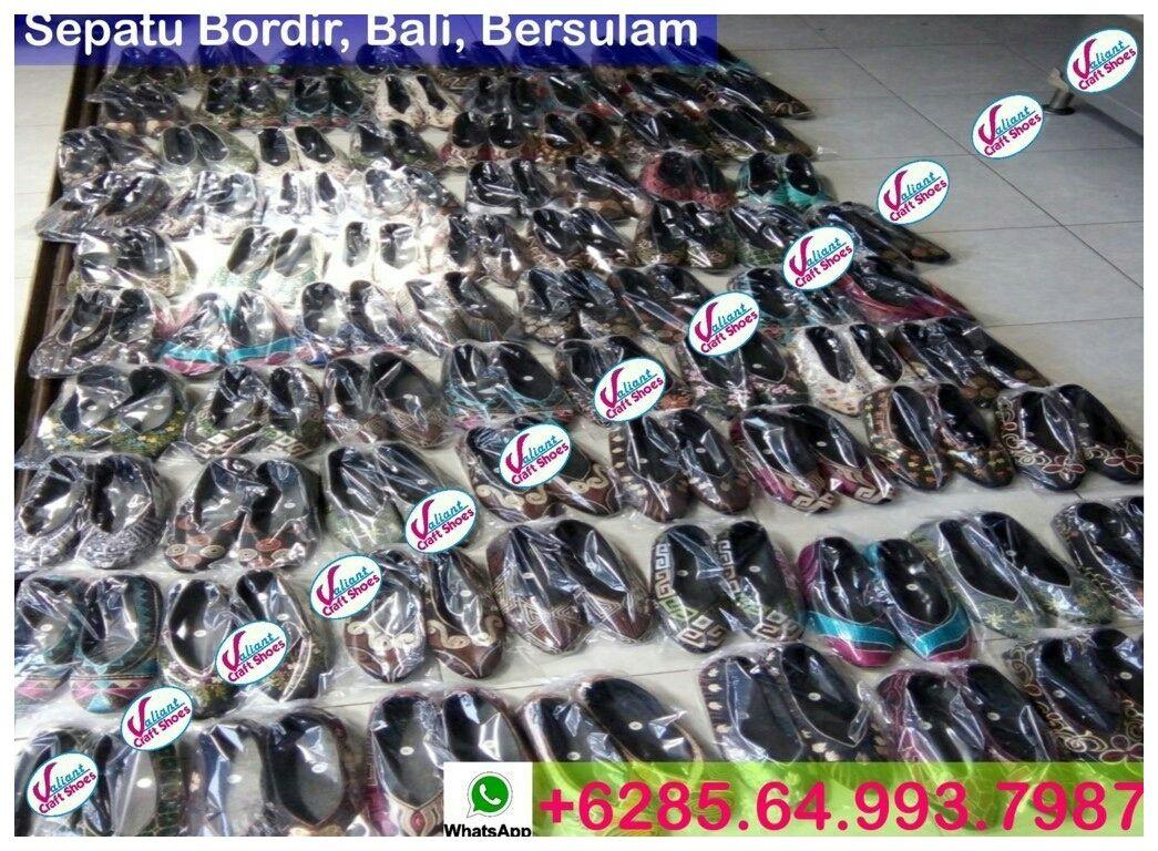 Pin di Sepatu Bordir Murah, Sepatu Bordir Bangil