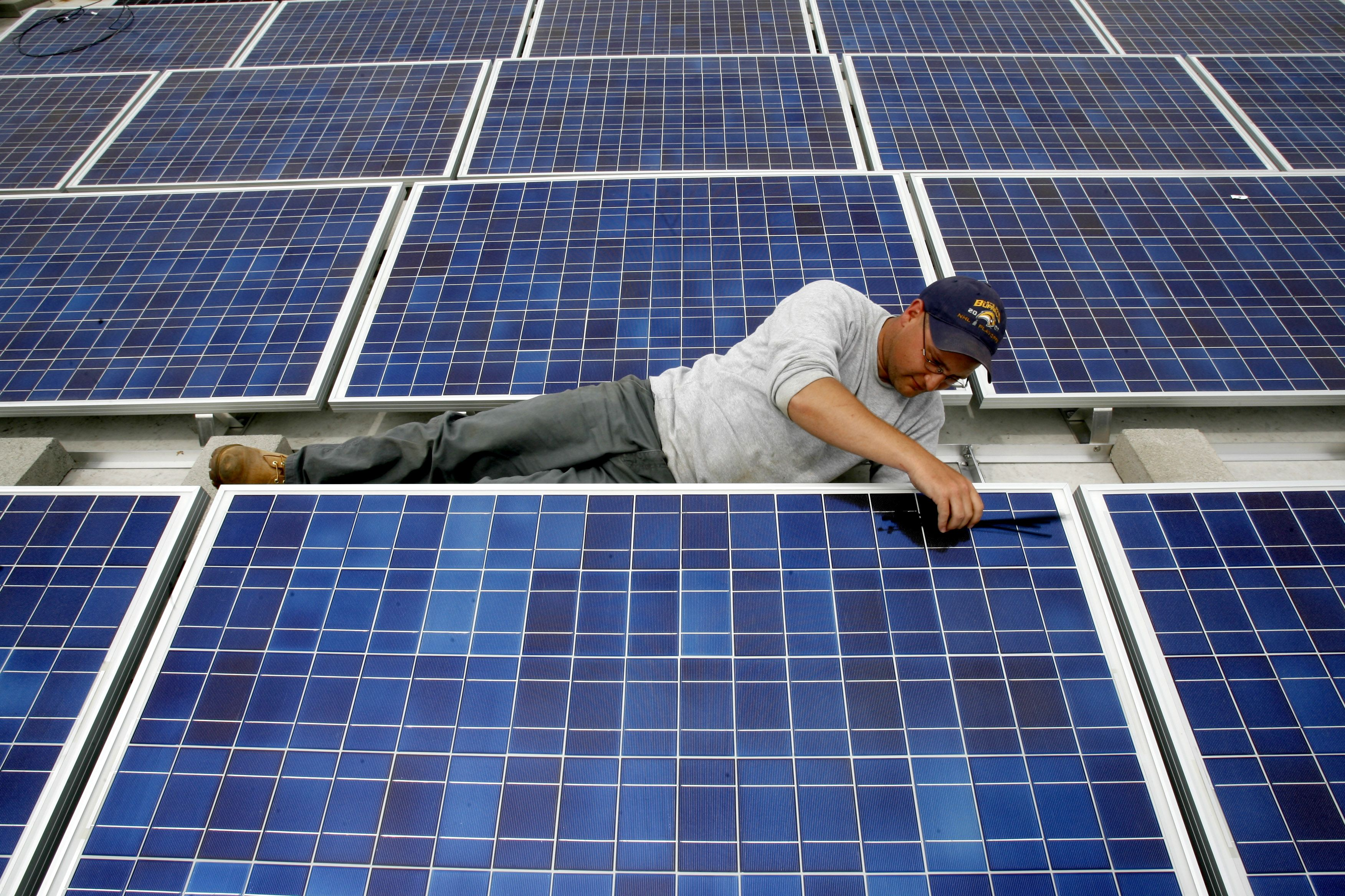 How many solar panels to power a house in nigeria
