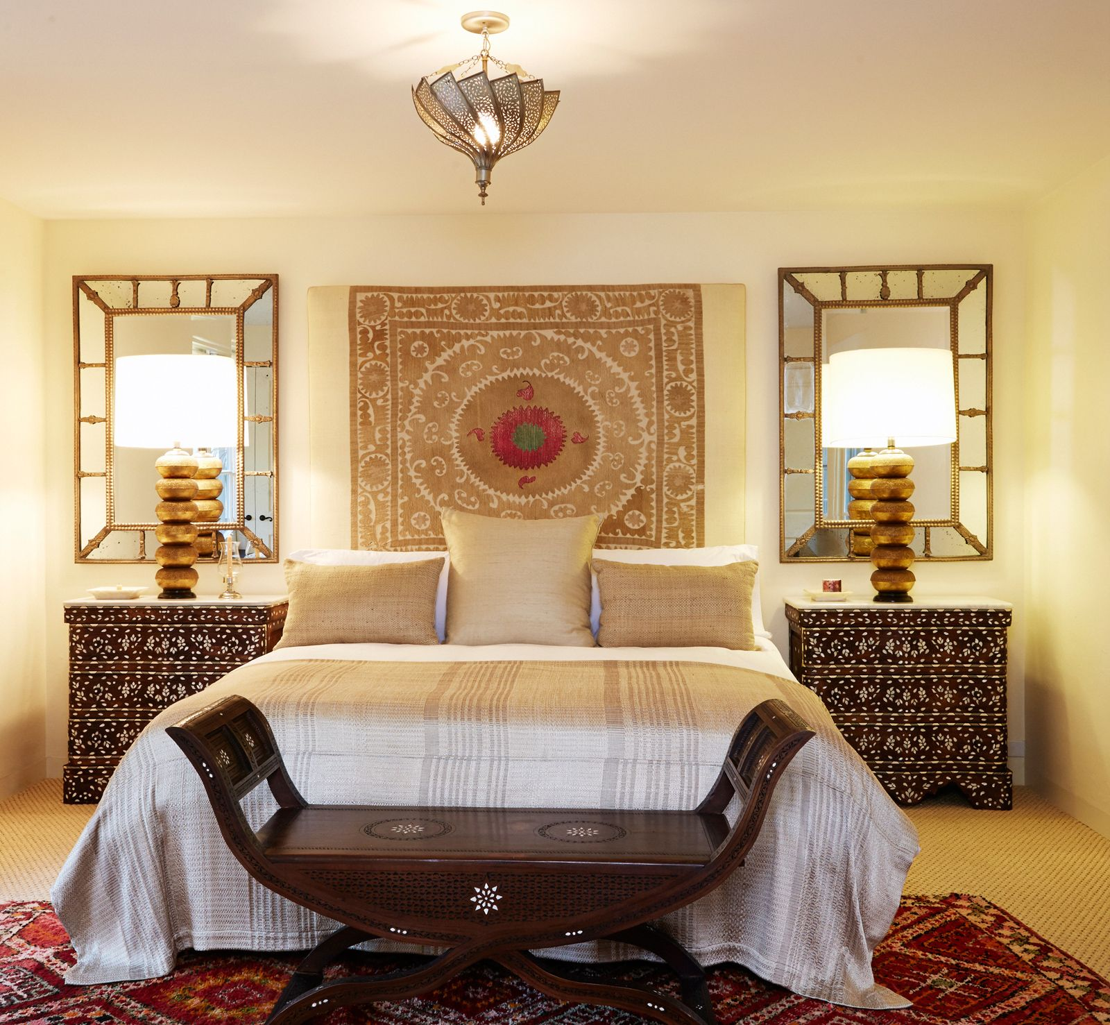 Modern global style in the bedroom