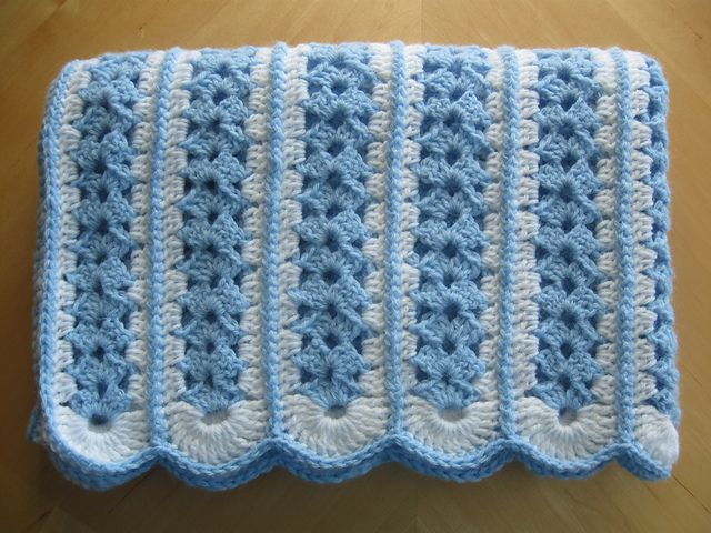 Ravelry: darestoknit\'s Blue & White Baby Blanket Mile-a-Minute ...