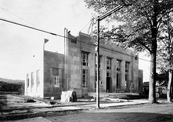 In 1933 The New Stroudsburg Post Office Was Built At 701 Ann St Courtesy Of The Monroe County Historical Associati Small Towns Usa Local History Stroudsburg