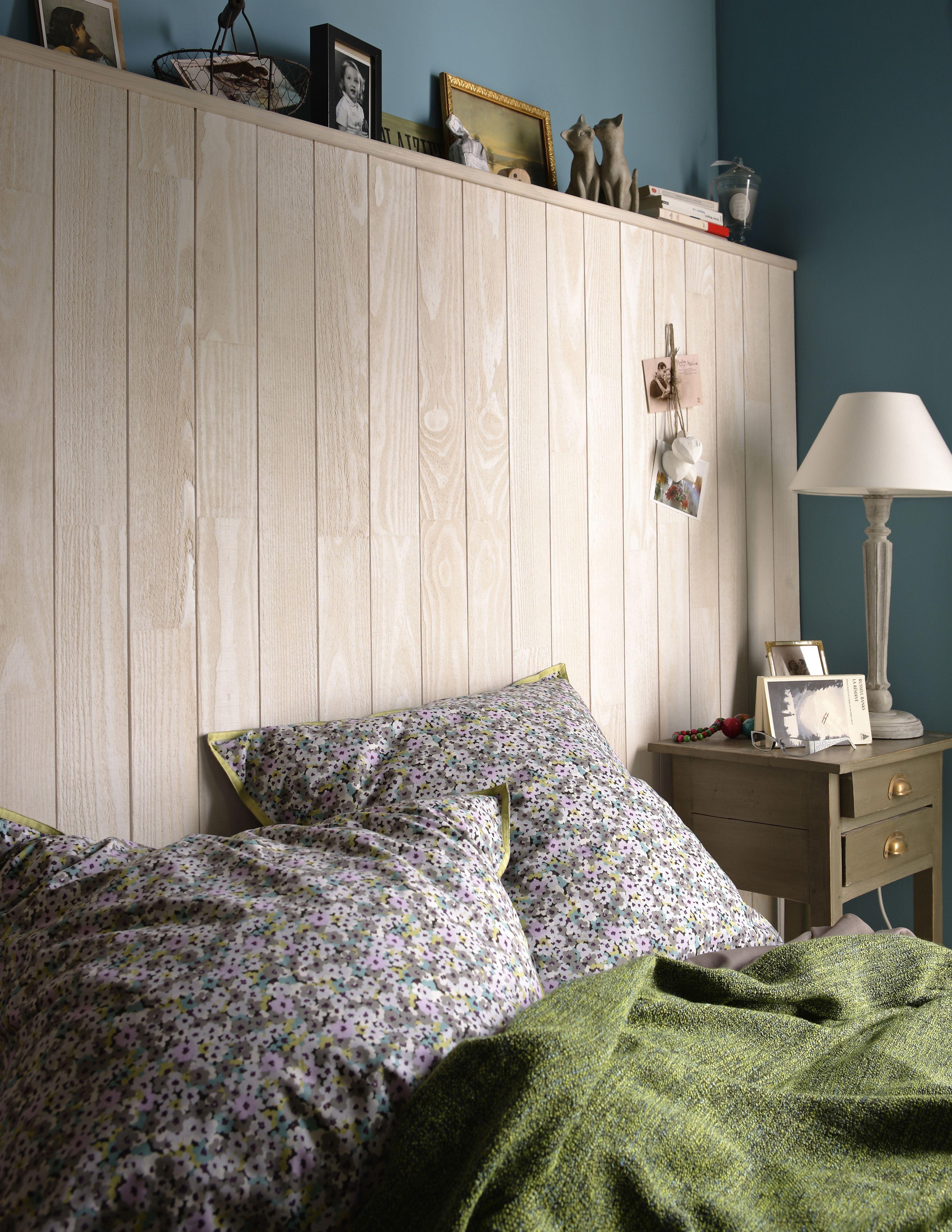 Lambris bois teinté pin blanchi aspect bois scié