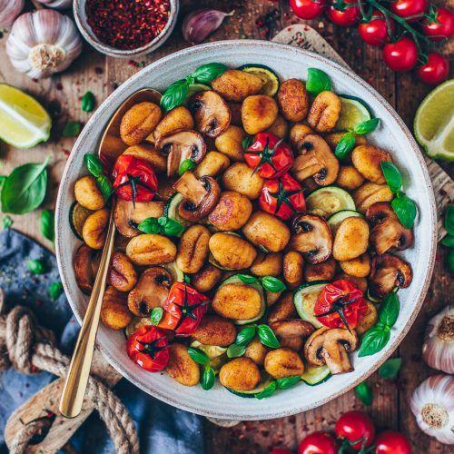 Gnocchi-Gemüse-Pfanne (vegan) - Bianca Zapatka   Rezepte