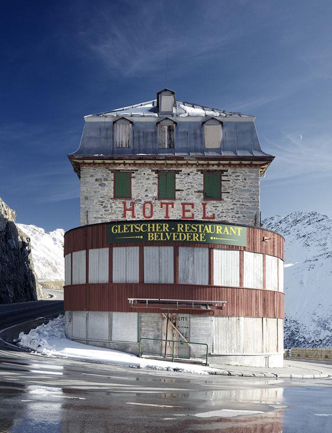 Gletscher Belvedere Hotel Halfway Up A Pass In The Swiss Alps