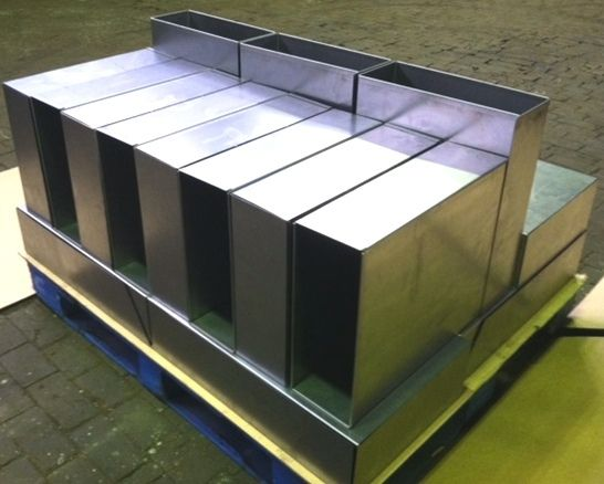 Sheet metal forming of boxes, pans and panels at Steeltec Products.