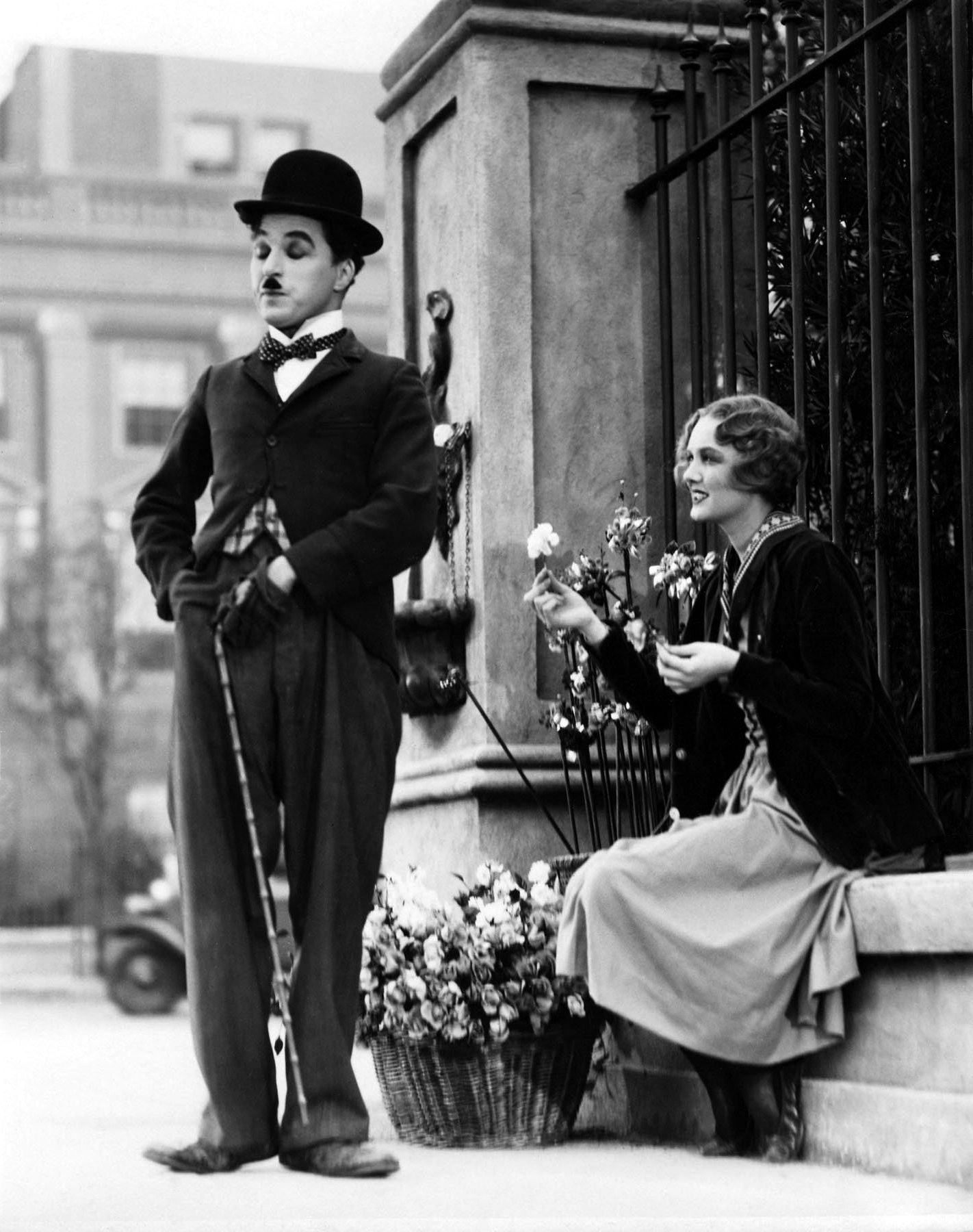 Charlie Chaplin and Virginia Cherrill in City Lights, 1931