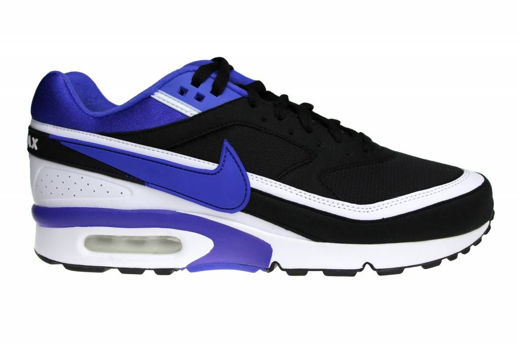 The first model (from 1991) of the Nike Air Max Classic is