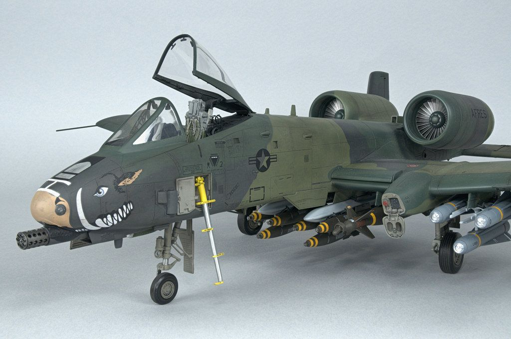 Fairchild Republic A 10 Thunderbolt Ii Warthog Scale Model Ships Model Airplanes Aircraft Modeling