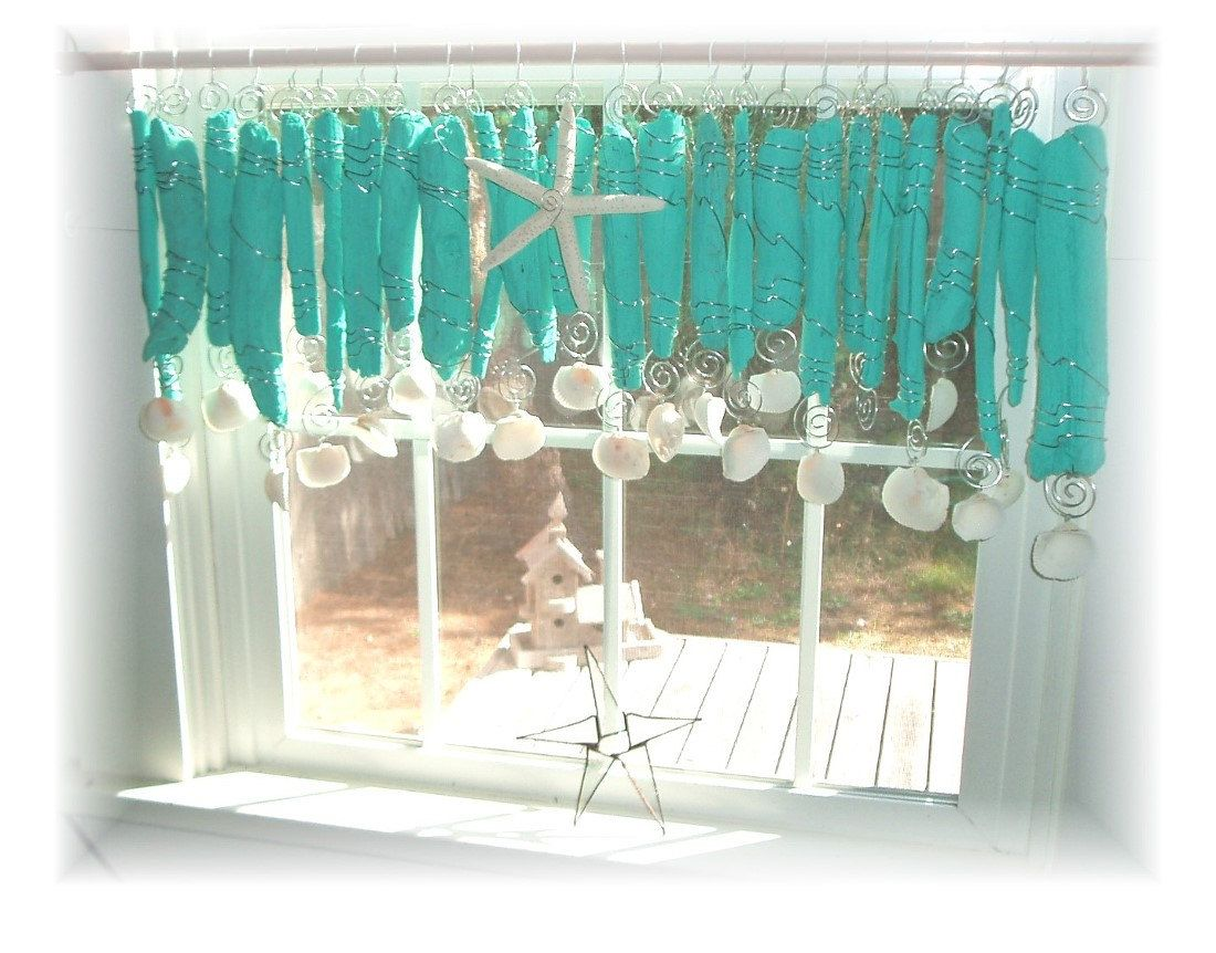 This Valance Consists Of 25 Pieces Of Driftwood Wrapped With Wire
