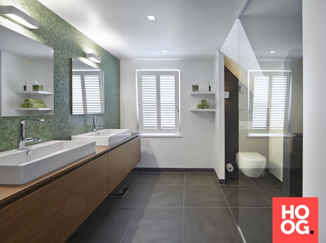 Badkamer inrichting met design badkamermeubel - Bathrooms ...
