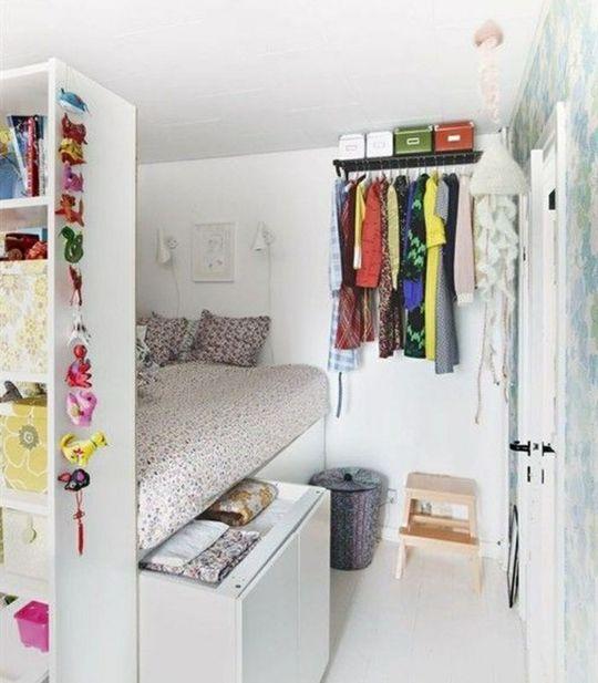 lit avec rangement id e cr ative pour les petits espaces chambre pinterest maison petit. Black Bedroom Furniture Sets. Home Design Ideas