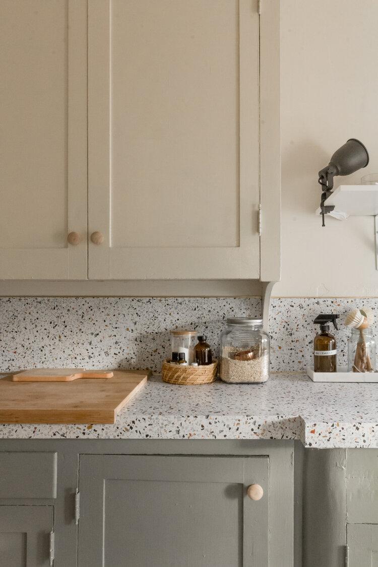 DIY Rental Kitchen Makeover For $100