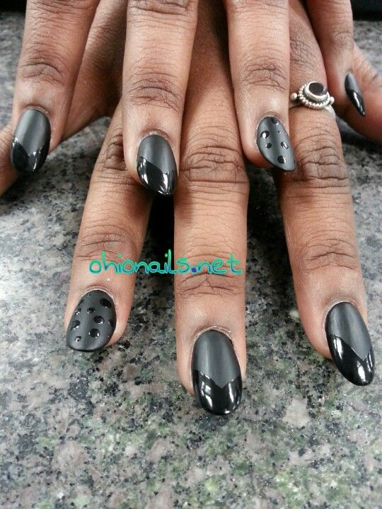 @Ohio Nails I loved my matte nails...might have to get them again soon! Shiny matte tips over black polish