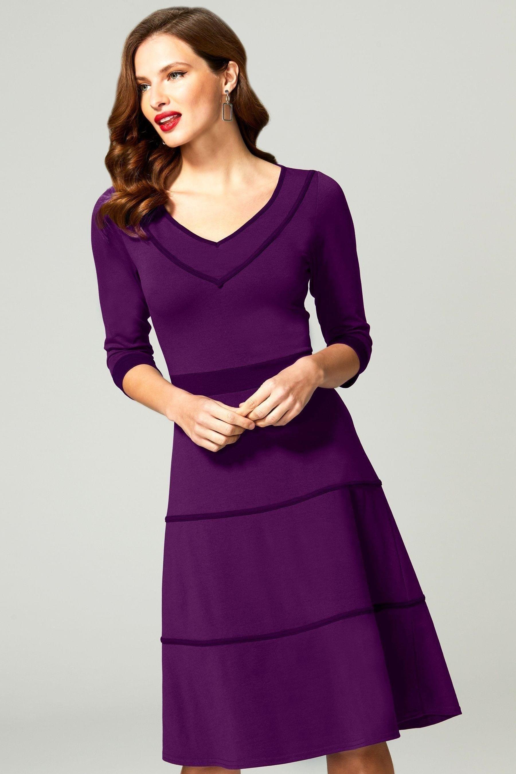 Hotsquash Purple V Neck Dress With Contrast Piping 155 Dresses V Neck Dress Womens Dresses [ 2700 x 1800 Pixel ]