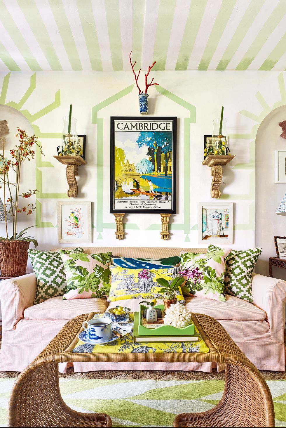 30 Simple Summer Decorating Ideas That Make Every Day Feel Like A Vacation In 2020 Decor Living Room Colors Home Decor #tropical #decor #for #living #room