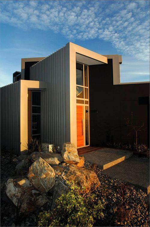 colorsteel prepainted steel pendrous residence by studio mwa ltd rh pinterest es