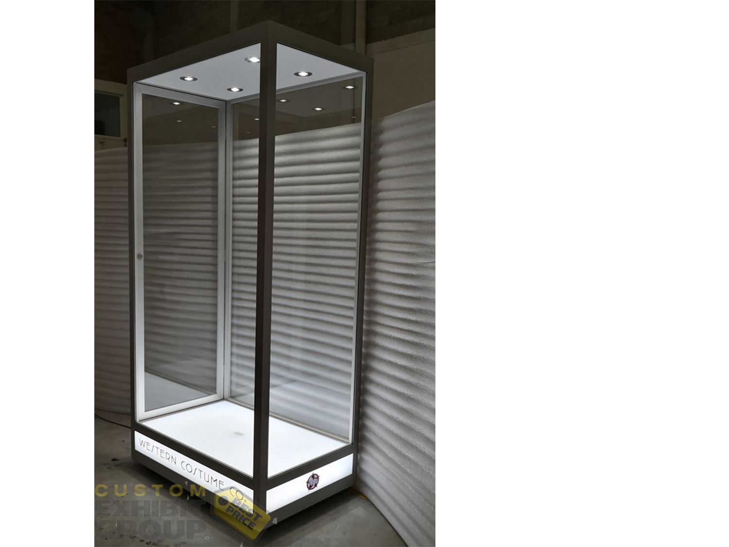 mannequin display cabinet with adjustable led light showcases rh pinterest com