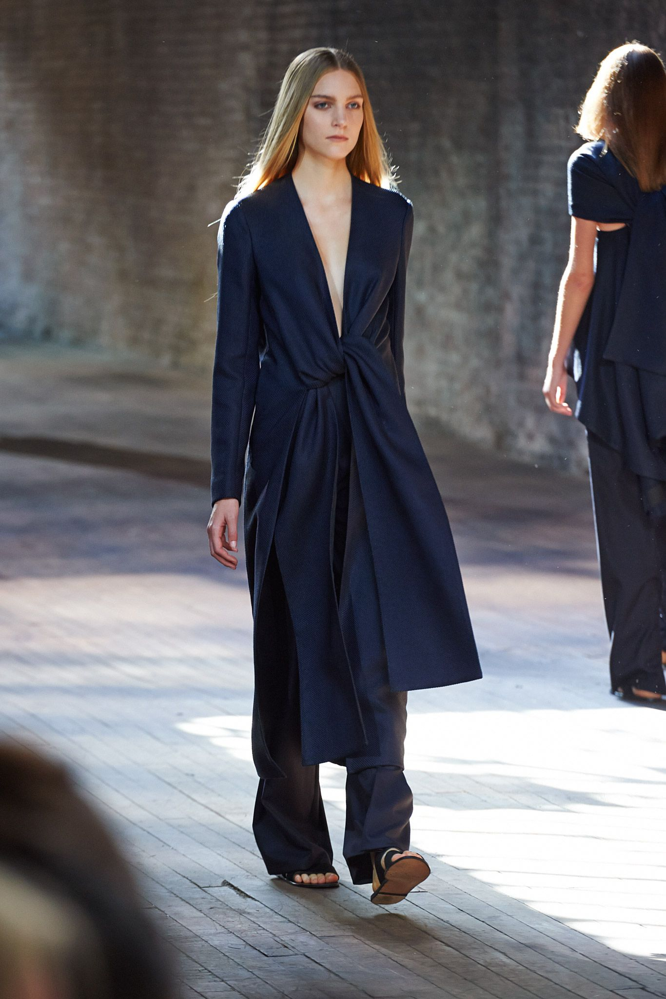 The Row Spring 2015 Ready to Wear Collection Gallery Look 1
