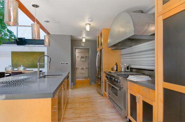Kitchen! Love it!