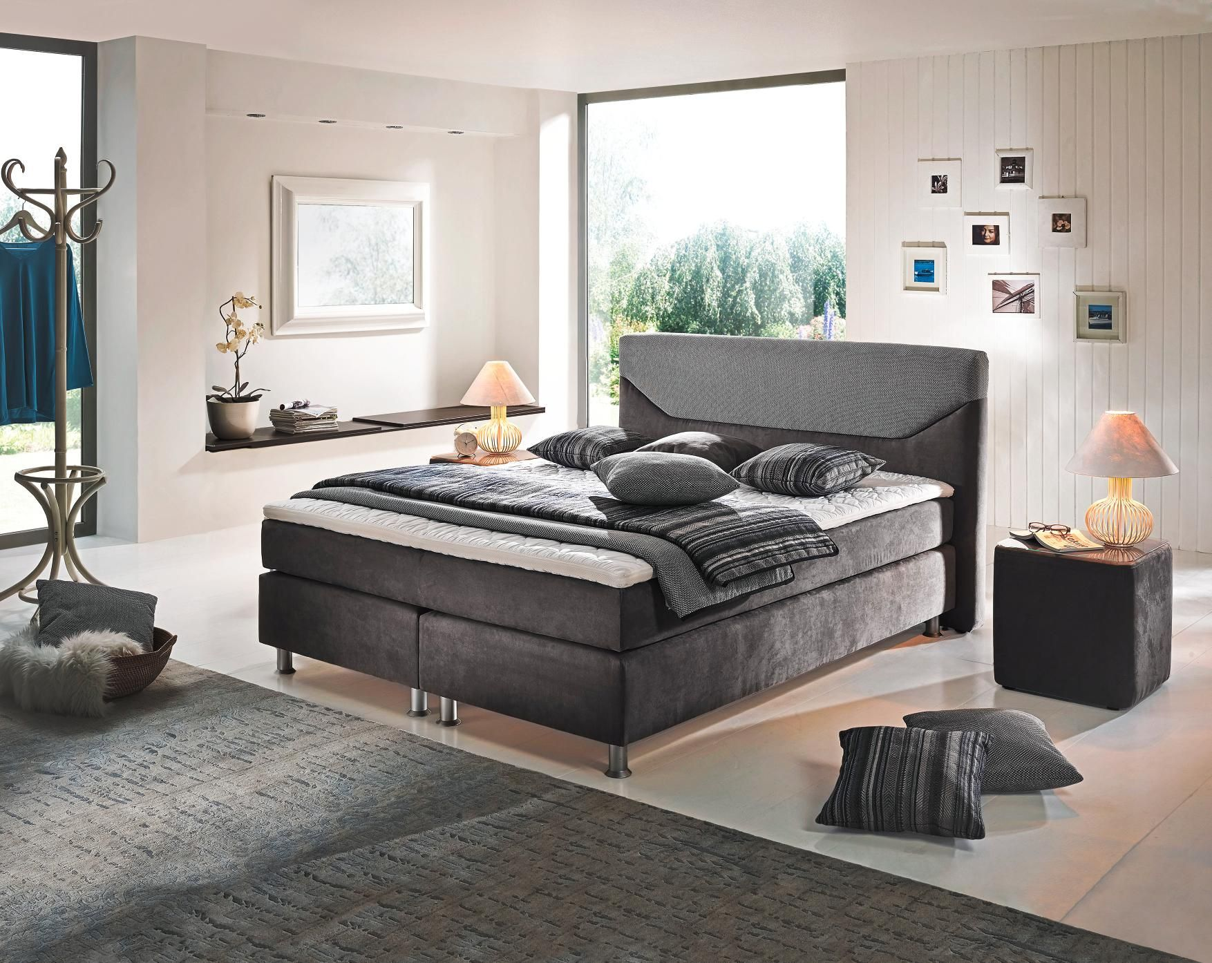 Attraktives Boxspringbett Von BENTLEY COLLECTION: Zeitlose Eleganz In Grau
