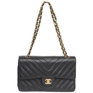 FEMININE - CHAIN STRAP BAG CHANEL VINTAGE Leather Quilted Bag With ... : quilted handbag with chain strap - Adamdwight.com
