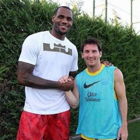 Lebron James And Leo Messi Lionel Messi Messi Lebron
