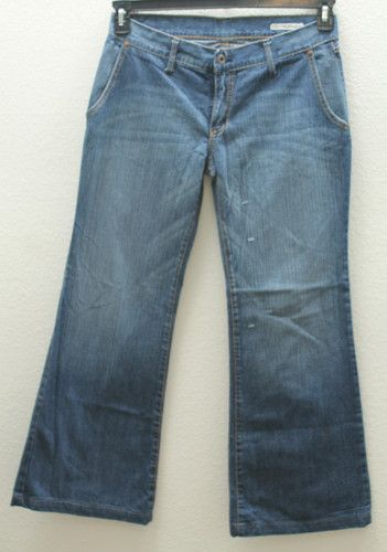 "Women's Chip & Pepper Blue Jeans, Style: ""Arctic Fox"" Size 31"", Flare Leg, Low Rise, Zipper Front"