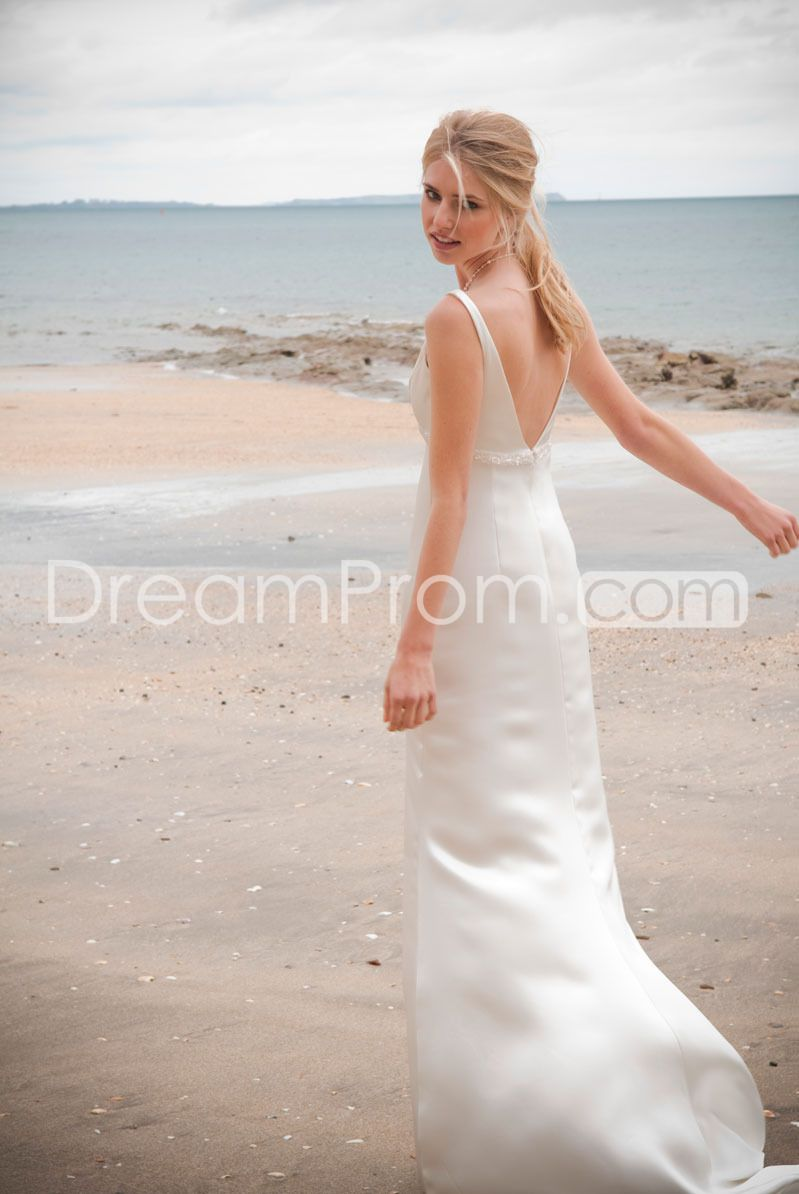 Fabulous sheathcolumn vneck floorlength chapel wedding dresses
