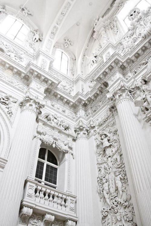 Baroque.  Boemo White Light #beautifularchitecture