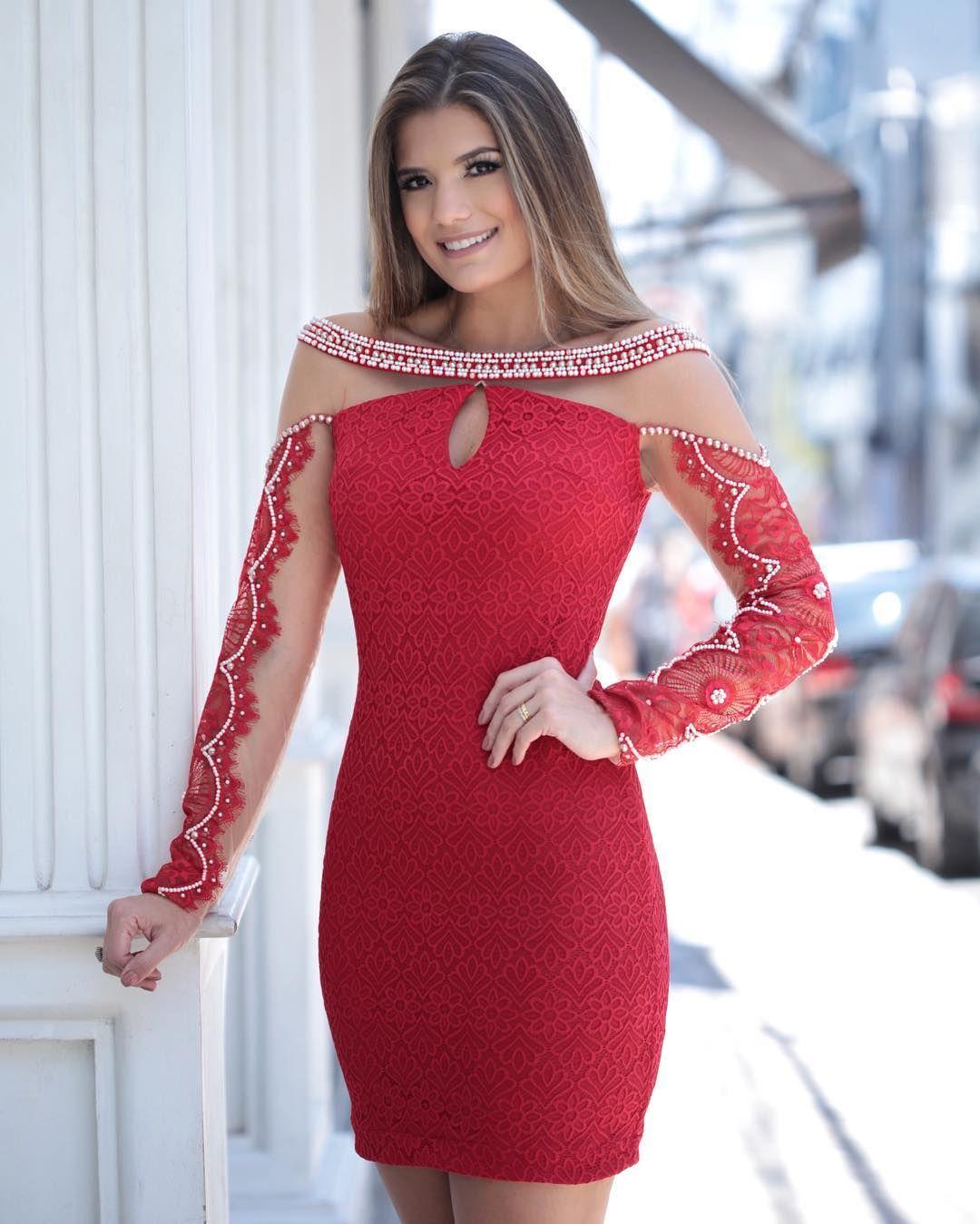Red ❤ @karmanioficial vestido de renda com pérolas! | Ariane ...