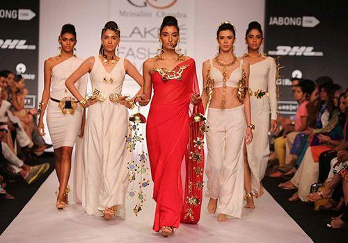 Latest Fashion Blog - Ewows - Five Common Fashion Errors that Women Tend to Make
