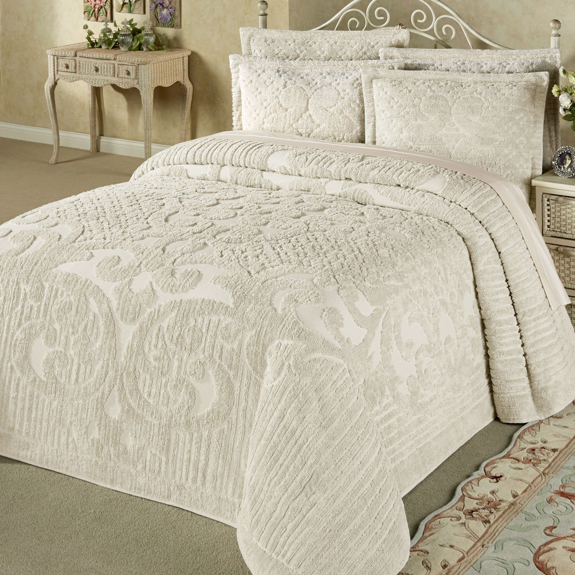 duvet bloom set bedspreads cottage country curtain full vintage the comforter curtains ruffle cover i pin leave would frame from bed love