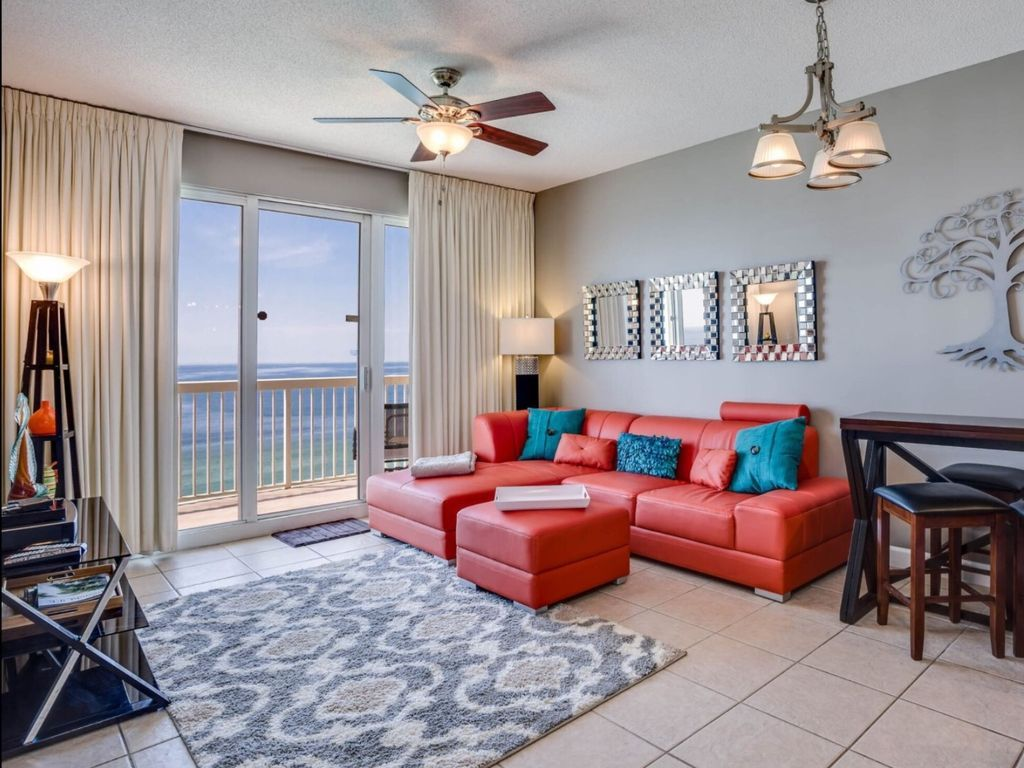 Condo 129 Avg Night Panama City Beach Amenities Include Hot Tub Swimming Pool Air Conditioning Internet With Images Panama City Panama Hotel Suites Pool Hot Tub