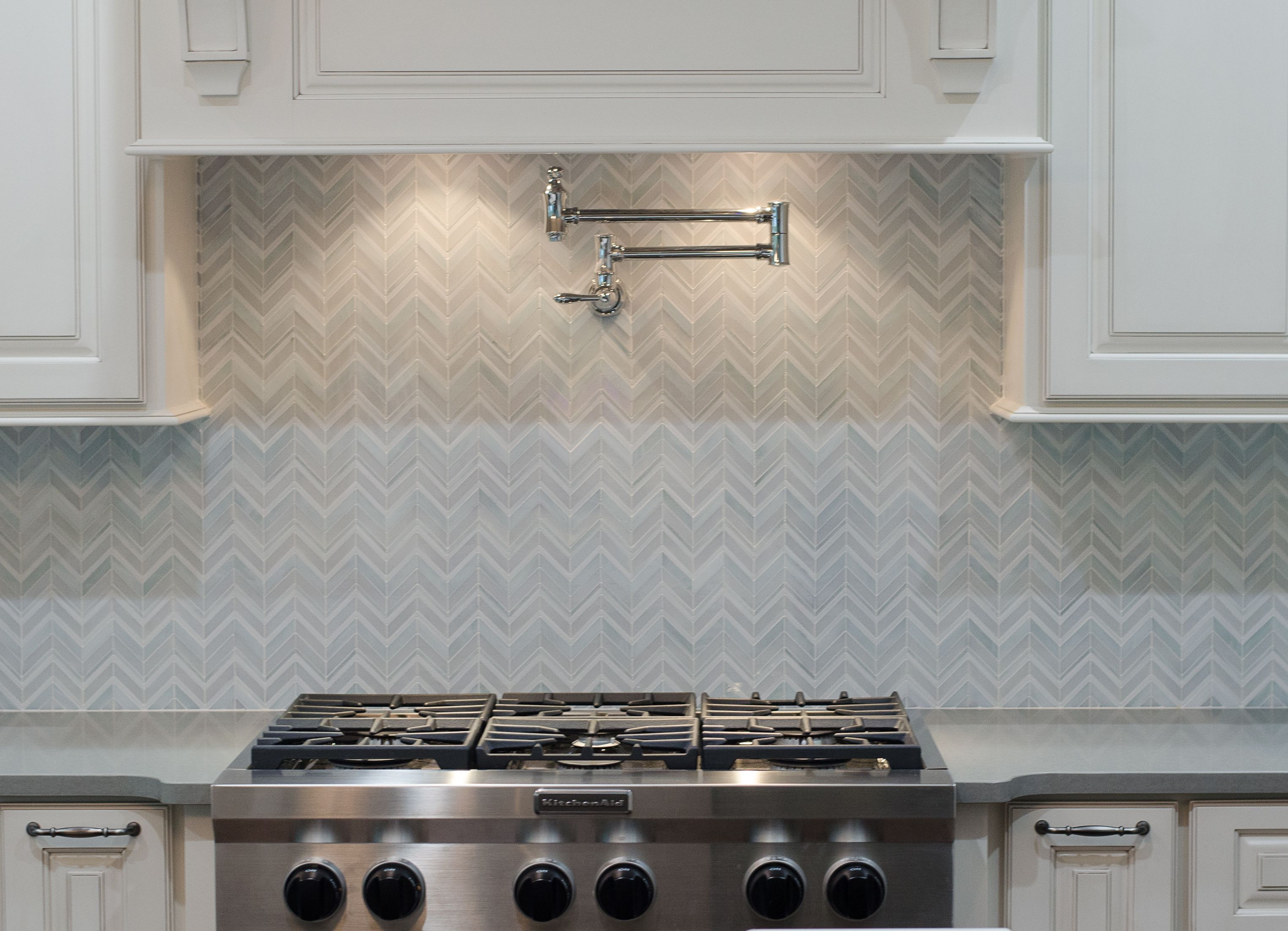 artistic tile i swingin chevron jazz glass tile in be bop white i rh pinterest com