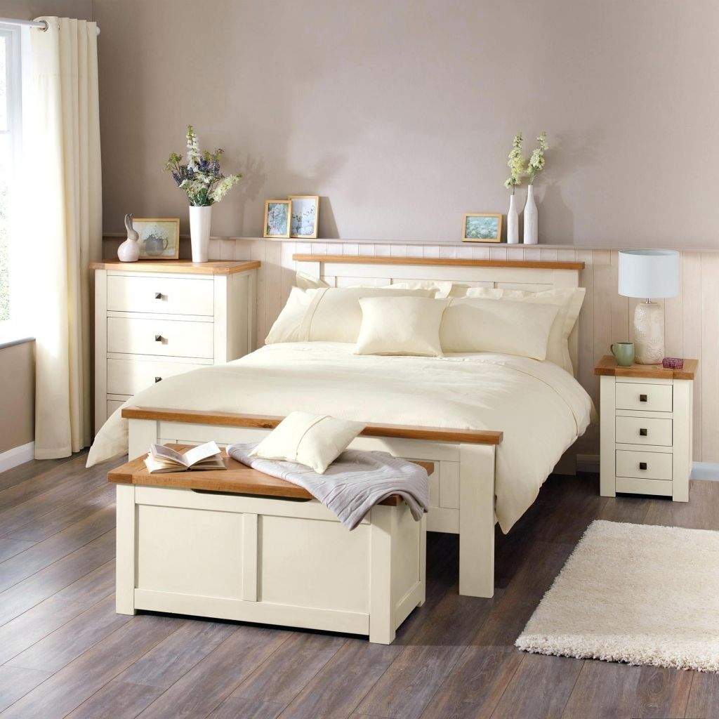 How to decorate a bedroom with cream bedroom furniture?  Cream