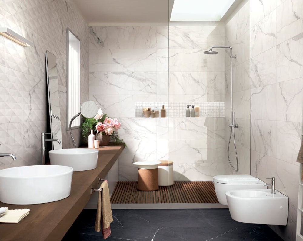 Rivestimento In Ceramica Marmo Allmarble Wall Ceramiche Effetto Marmo Bianco Con Richiami Alla Class Nel 2020 Arredamento Bagno Marmo Bianco Bagni In Marmo Bianco