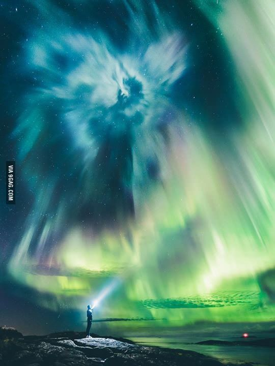 Northern lights last night over Ålesund, Norway... Usually too far south to get a show like this - 9GAG