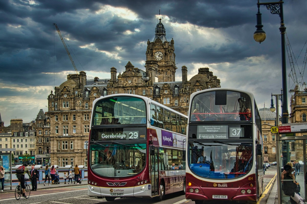 0a4475836ba3ca30c1e2c83855fbc950 - How Do I Get From Edinburgh Airport To City Centre