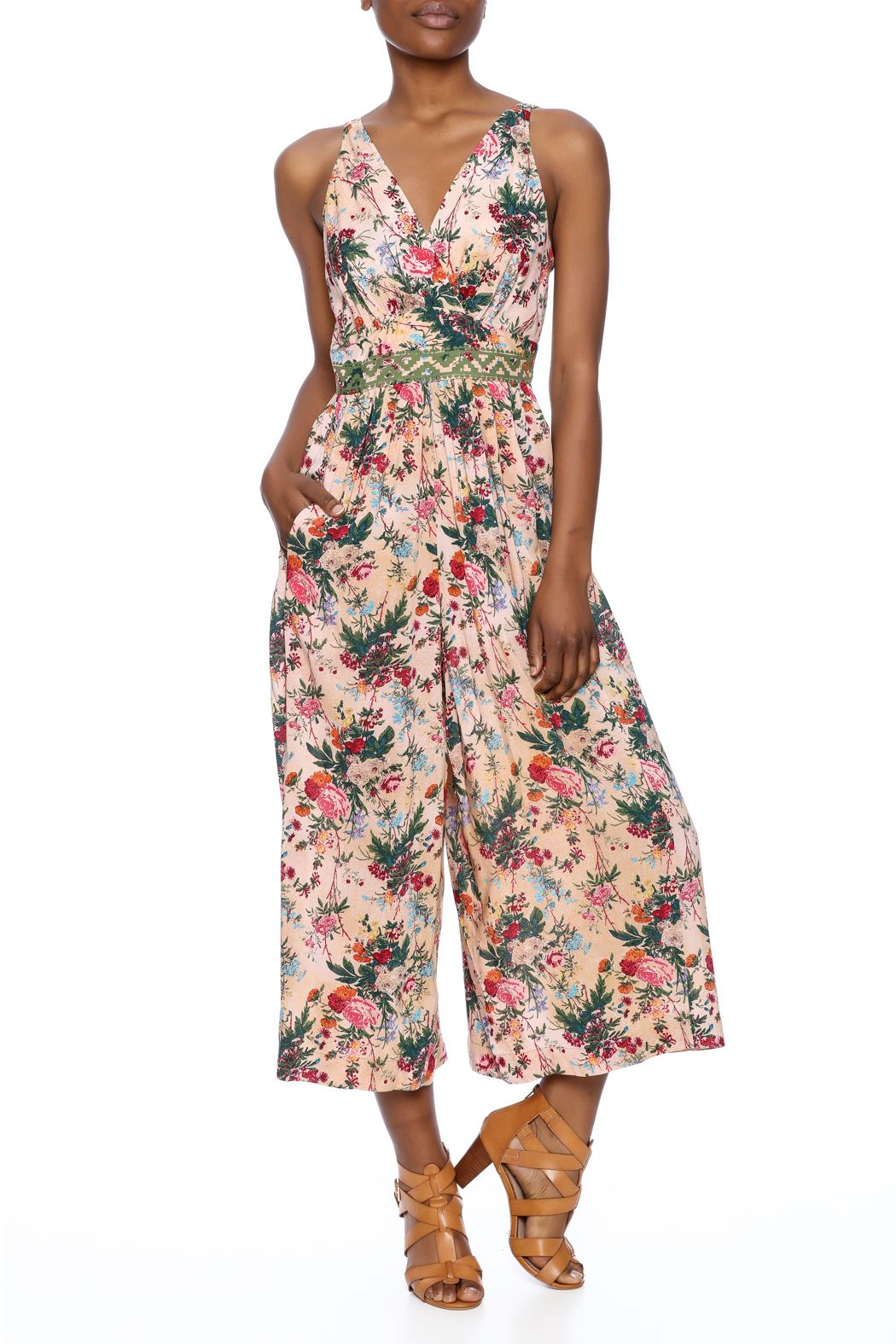 5c3524e2e5 Floral printed jumpsuit with a culotte length bottom