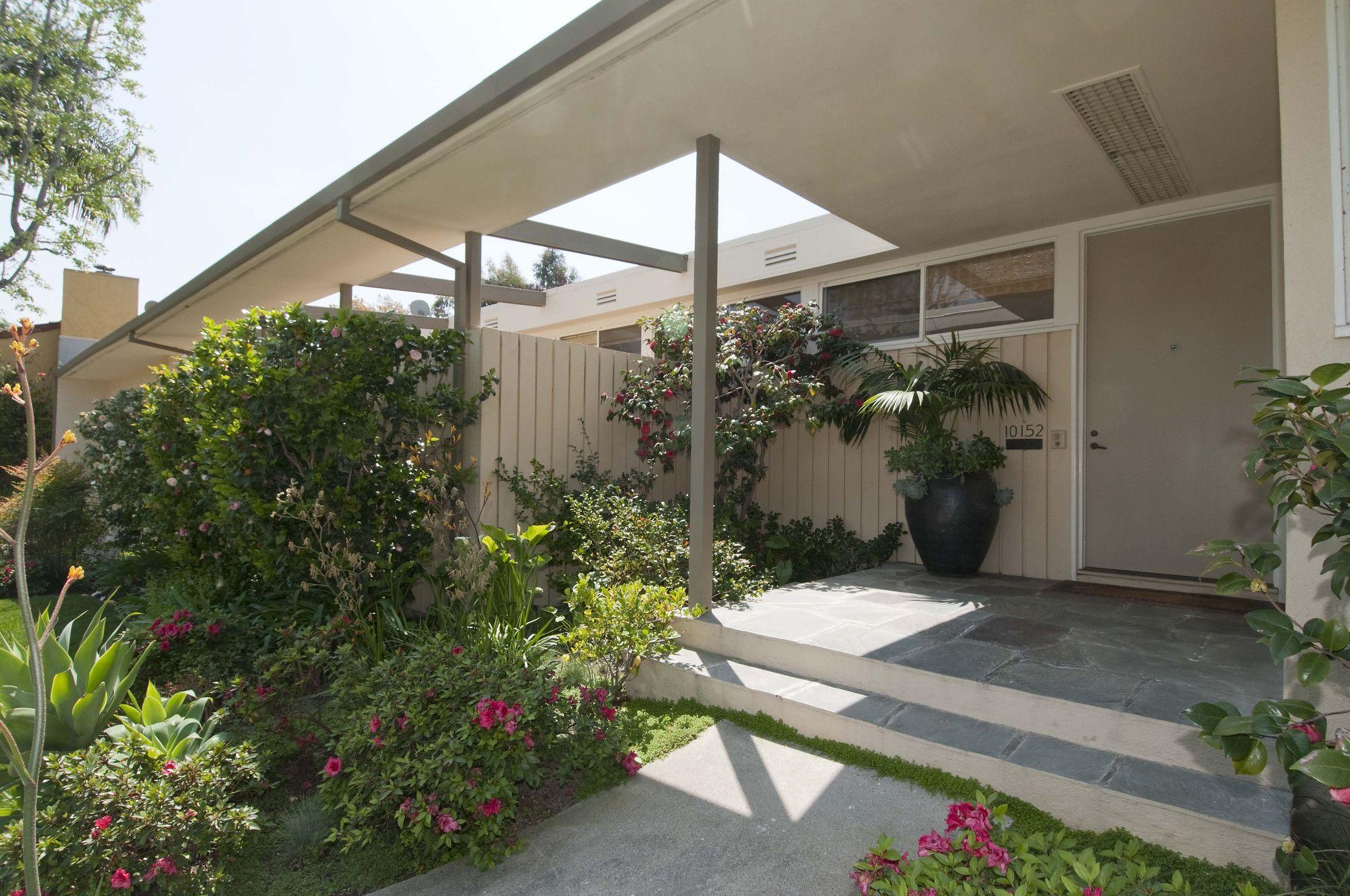 The Stahl House in LA  Case Study House      Pierre Koenig Los Angeles Pinterest