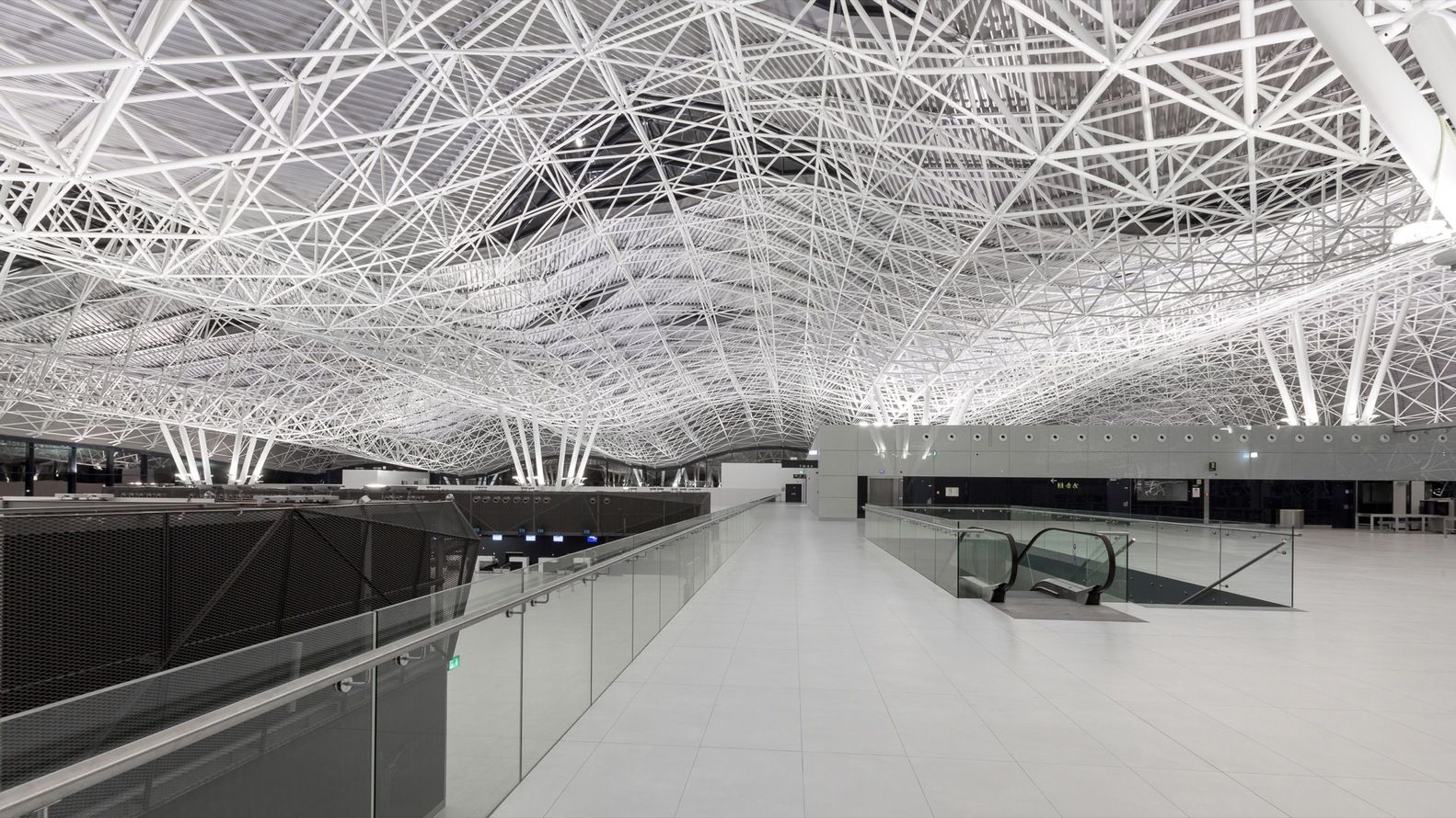 Gallery Of Zagreb Airport Kincl Neidhardt Institut Igh 4 Architecture American Architecture Zagreb