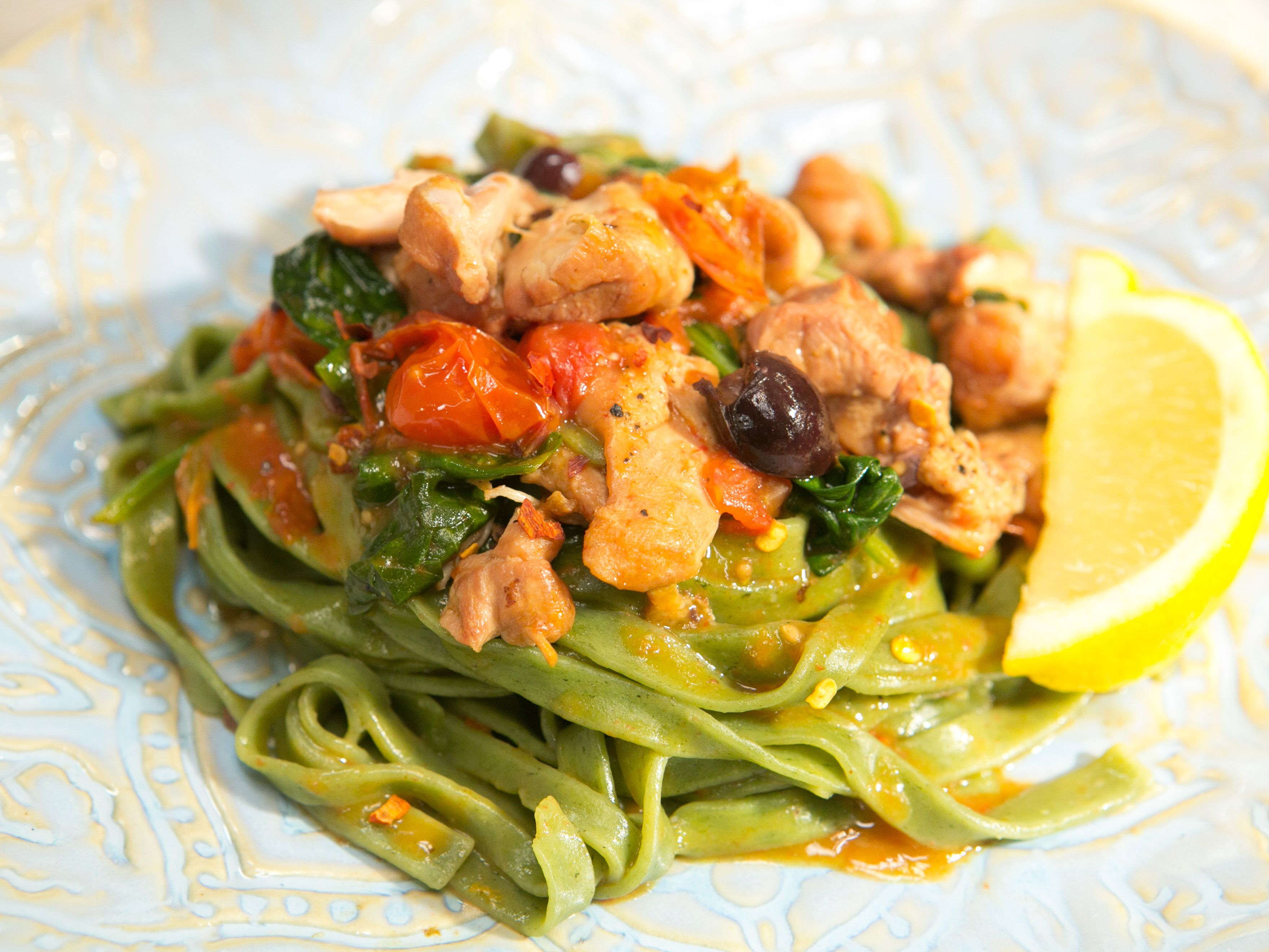 Sunny's Easy Braised Tomato Chicken and Spinach with ...