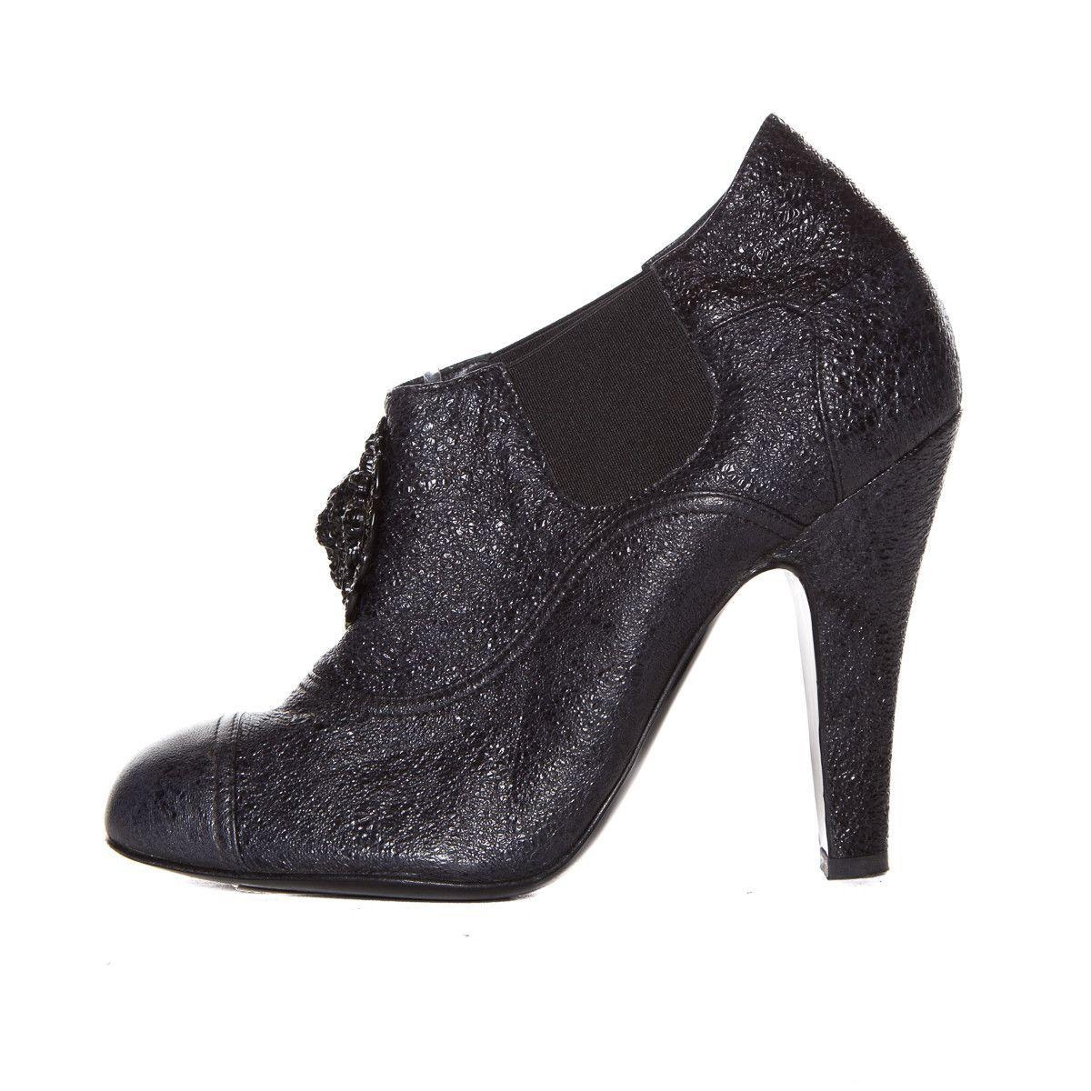 Chanel Black Crinkle Leather Booties SZ 38