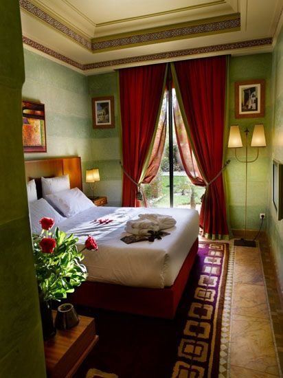 Bedroom Decorating Ideas Green And Brown marrakesh-morocco-decor-bedroom-decorating-ideas-green-wall-paint